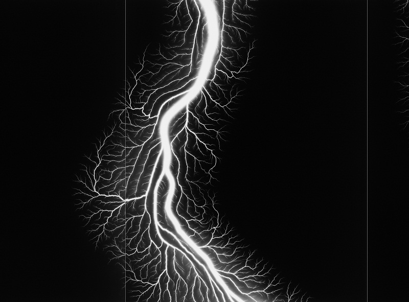Hiroshi Sugimoto ⓒ Lightning Fields Composed 012 (Detail) , Gelatin silver print  149.2×716.3cm/2 sets, 2009