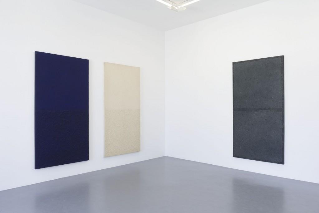 "Vue de l'exposition CHUNG Chang-Sup ""Meditation"", Galerie Perrotin, Paris (4juin - 1 août, 2015). Photo: Claire Dorn - Courtesy Galerie Perrotin"