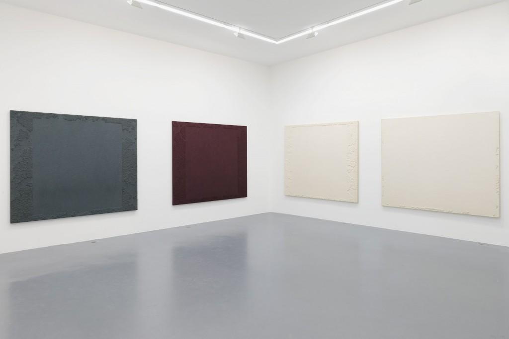 "Vue de l'exposition CHUNG Chang-Sup, ""Meditation"", Galerie Perrotin, Paris (4juin - 1 août, 2015). Photo: Claire Dorn - Courtesy Galerie Perrotin"