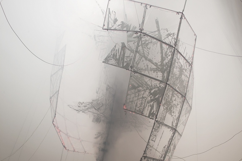 Lee Bul © Aubade Ⅲ 2014 Aluminum structure, polycarbonate sheet, metalized film, LED lighting, electronic wiring, stainless-steel and fog machine, dimensions variable. Photo: Jeon Byung-cheol. Courtesy: National Museum of Modern and Contemporary Art, Korea